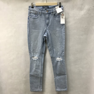 Primary Photo - BRAND: CALVIN KLEIN STYLE: JEANS COLOR: DENIM SIZE: 4 OTHER INFO: NEW! SKU: 194-194167-31439