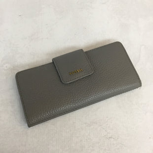 Primary Photo - BRAND: FOSSIL STYLE: WALLET COLOR: GREY SIZE: MEDIUM SKU: 194-194172-21527
