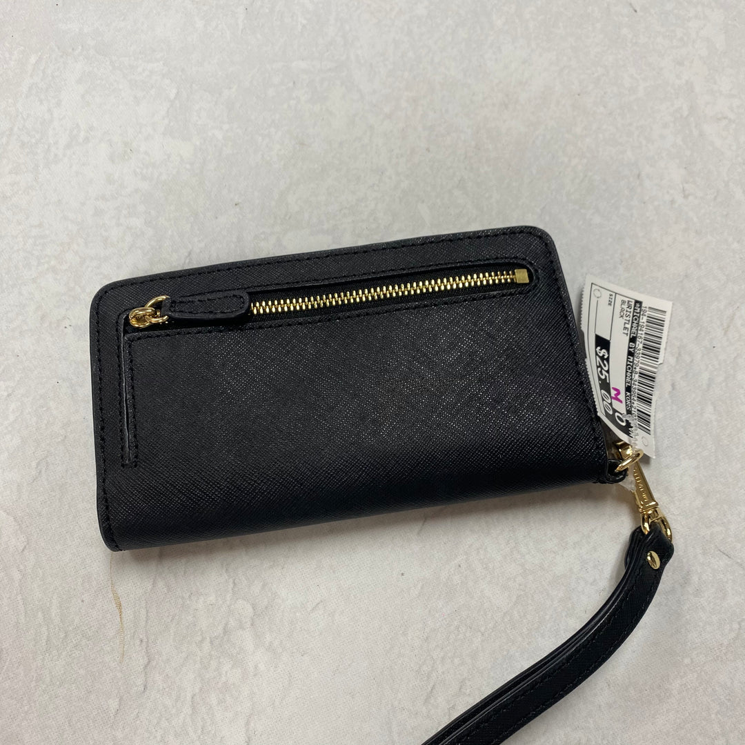 Photo #1 - BRAND: MICHAEL BY MICHAEL KORS <BR>STYLE: WRISTLET <BR>COLOR: BLACK <BR>SKU: 194-194167-33979