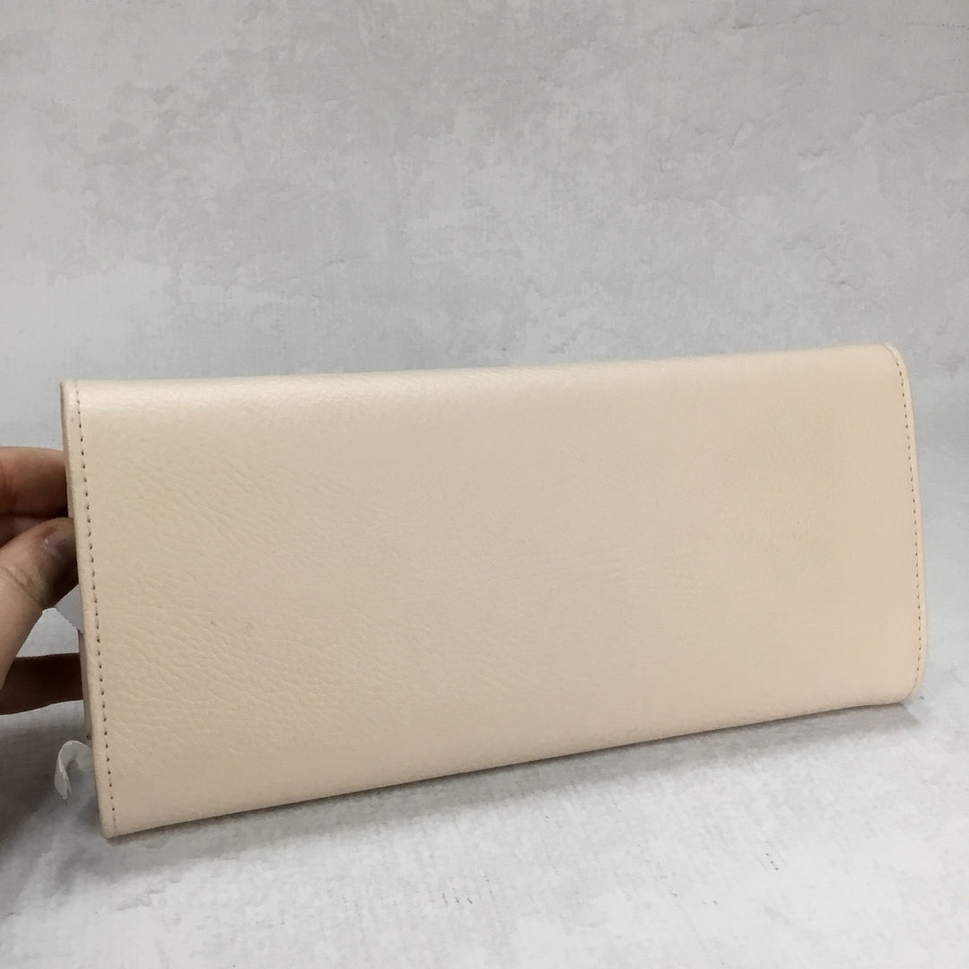 Photo #1 - BRAND: PANDORA <BR>STYLE: CLUTCH <BR>COLOR: CREAM <BR>OTHER INFO: JEWELRY TRAVEL CLUTCH <BR>SKU: 194-194229-2240