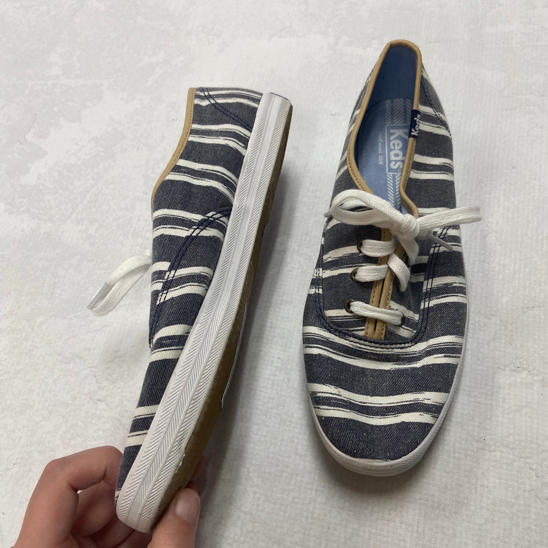 Photo #2 - BRAND: KEDS <BR>STYLE: SHOES FLATS <BR>COLOR: STRIPED <BR>SIZE: 8.5 <BR>SKU: 194-194220-3569