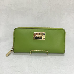 Primary Photo - BRAND: MICHAEL KORS STYLE: WALLET COLOR: GREEN SIZE: MEDIUM OTHER INFO: AS IS SKU: 194-194220-3907