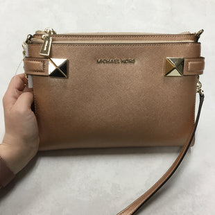 Primary Photo - BRAND: MICHAEL KORS STYLE: HANDBAG DESIGNER COLOR: GOLD SIZE: SMALL OTHER INFO: 9.5 X 1 X 6.5 INCHES SKU: 194-194183-22943