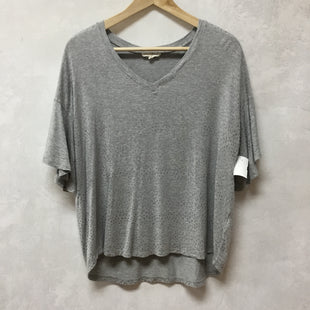 Primary Photo - BRAND:    JANE AND DELANCEYSTYLE: TOP SHORT SLEEVE COLOR: GREY SIZE: L SKU: 194-194231-2216