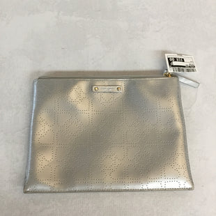 Primary Photo - BRAND: KATE SPADE STYLE: MAKEUP BAG COLOR: SILVER SKU: 194-194172-19720
