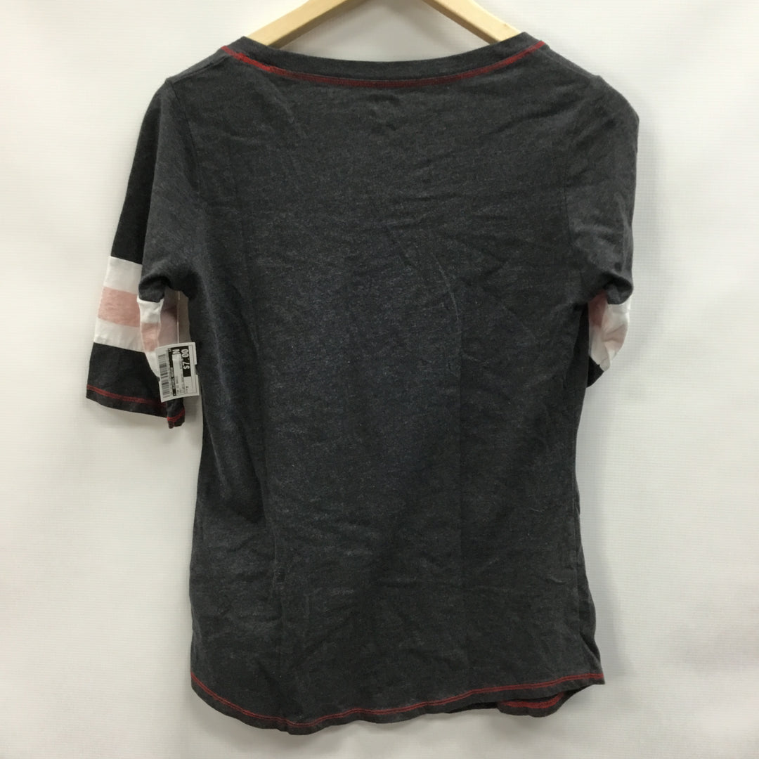 Photo #1 - BRAND:    CLOTHES MENTOR <BR>STYLE: TOP SHORT SLEEVE BASIC <BR>COLOR: GREY <BR>SIZE: M <BR>OTHER INFO: KNIGHTS APPAREL - BEARCATS <BR>SKU: 194-194183-23063