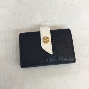 Primary Photo - BRAND: MICHAEL KORS STYLE: WALLET COLOR: NAVY SIZE: SMALL SKU: 194-194225-733