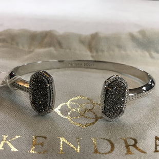 Primary Photo - BRAND: KENDRA SCOTT JEWLERY STYLE: BRACELET COLOR: SILVER OTHER INFO: NEW! SKU: 194-194167-32053