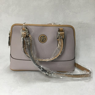 Primary Photo - BRAND: GIANI BERNINI STYLE: HANDBAG COLOR: LILAC SIZE: MEDIUM OTHER INFO: NWT $99.50 SKU: 194-194231-168112.5X9X4.75
