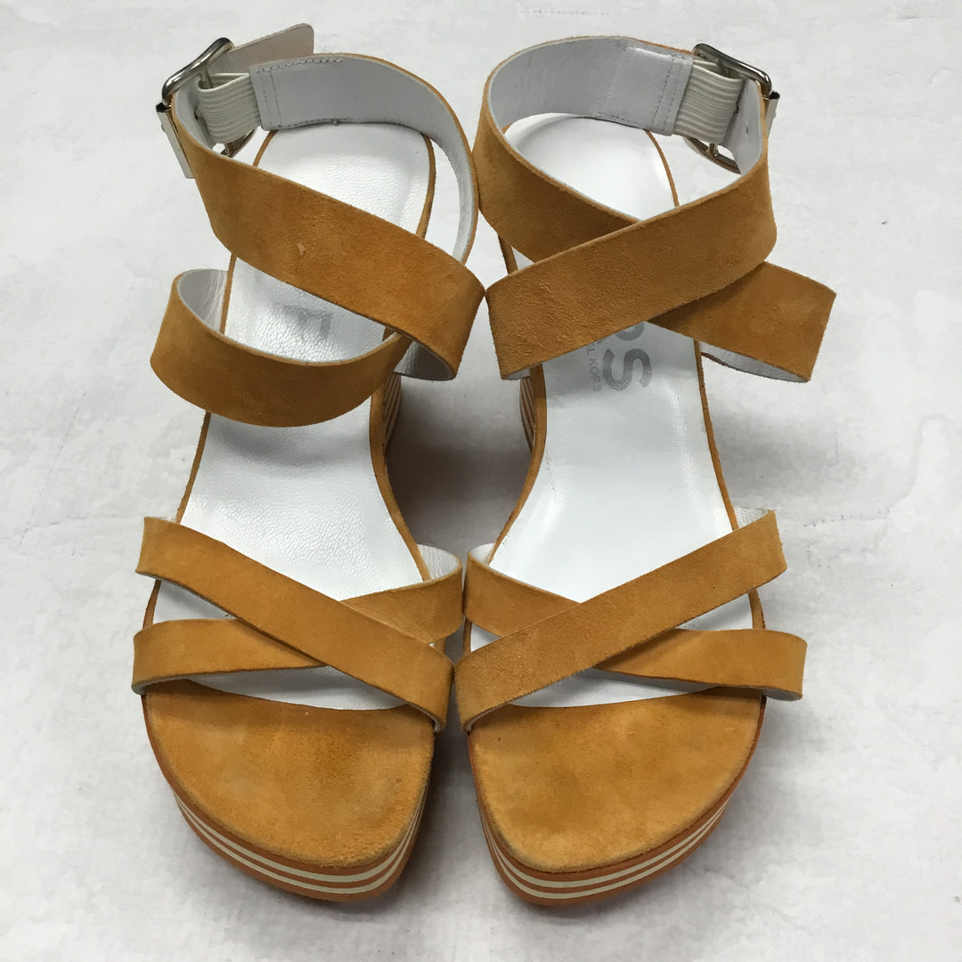 Primary Photo - BRAND: MICHAEL KORS <BR>STYLE: SHOES HIGH HEEL <BR>COLOR: ORANGE <BR>SIZE: 5.5 <BR>SKU: 194-194220-1738