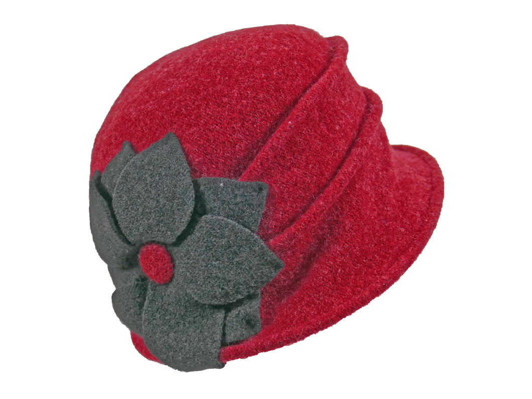 WSC26 Wool Cloche in Berry