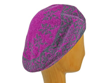 Load image into Gallery viewer, WSC42 Printed Beret in Magenta/Charcoal