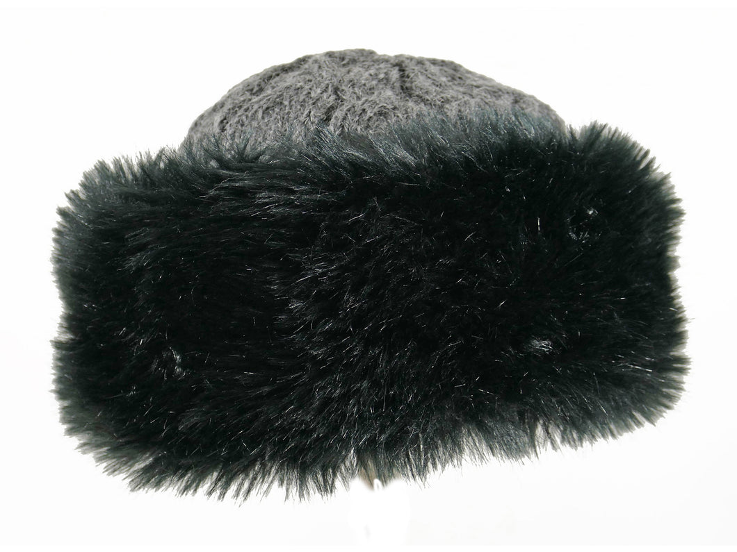 WSK04 Cable Knit/Faux Fur Cossack in Black