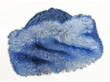 Load image into Gallery viewer, WSK04 Cable Knit/Faux Fur Cossack in Navy