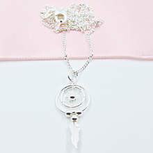 Load image into Gallery viewer, Dreamcatcher Necklace