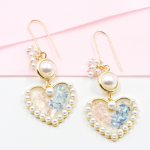 Load image into Gallery viewer, Fashion Heart Earrings