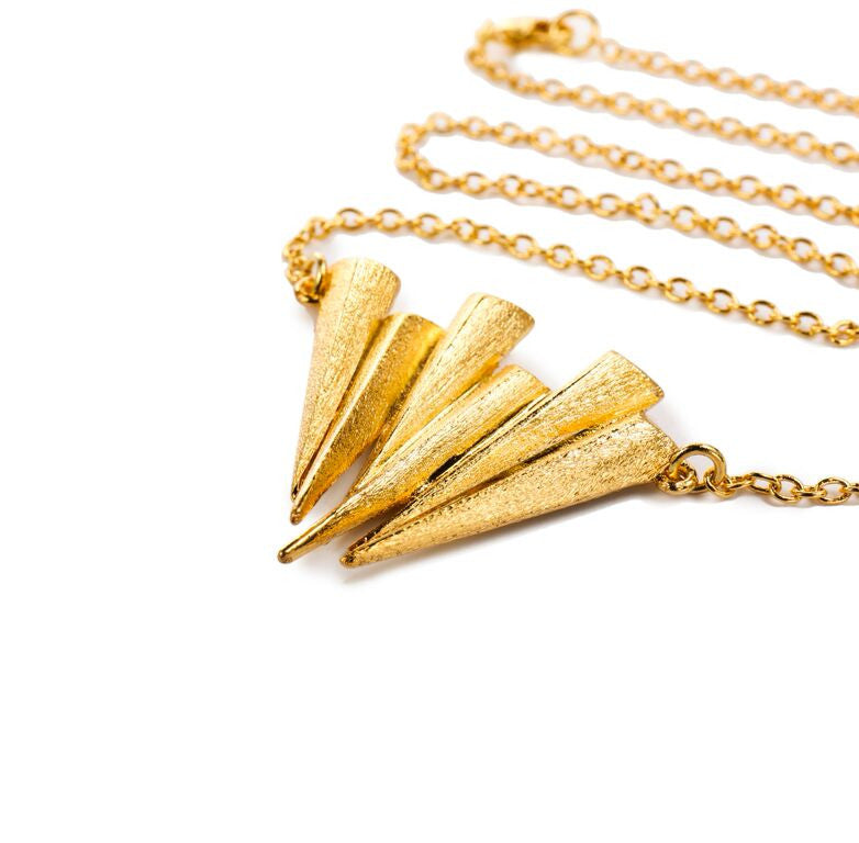 Mantra Six Dagger Necklace - gold
