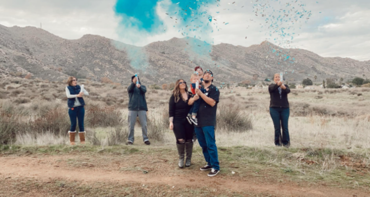 gender reveal confetti powder cannons baby boy blue