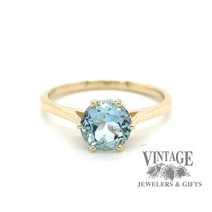 14 karat yellow gold aquamarine ring, front view.