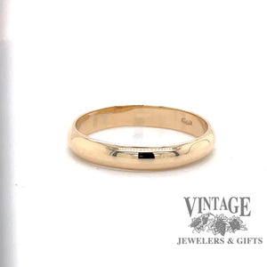 14 karat yellow gold plain half round wedding band