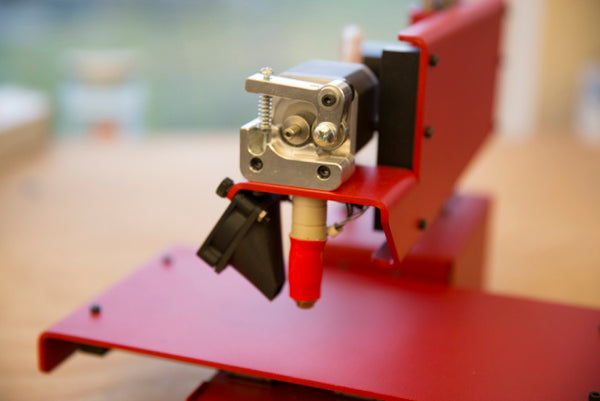 "All-metal PrintrBot Simple (via <a href=""http://makezine.com/2014/02/11/first-look-printrbot-unveils-its-all-metal-3d-printer/"" target=""_blank"">Make Magazine</a>).  HT: <a target=""_blank"" href=""https://plus.google.com/+JoshuaMarinacci/posts/eS9CFnh2yYJ"">Joshua Marinacci</a>"