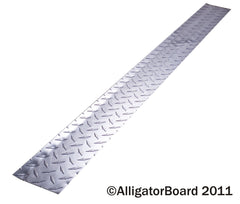 "Diamond Plate 4"" x 48"" Floor Molding"