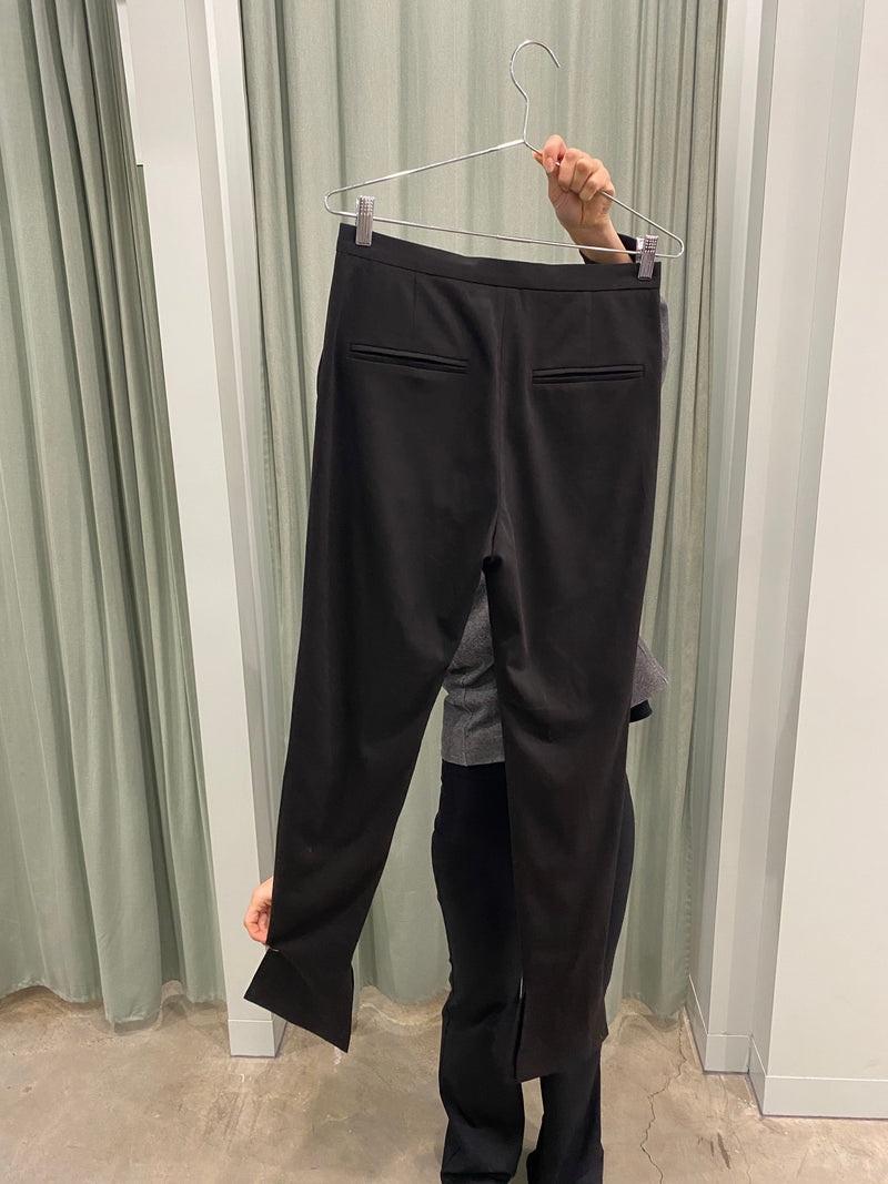 Altewaisaome Black Trousers