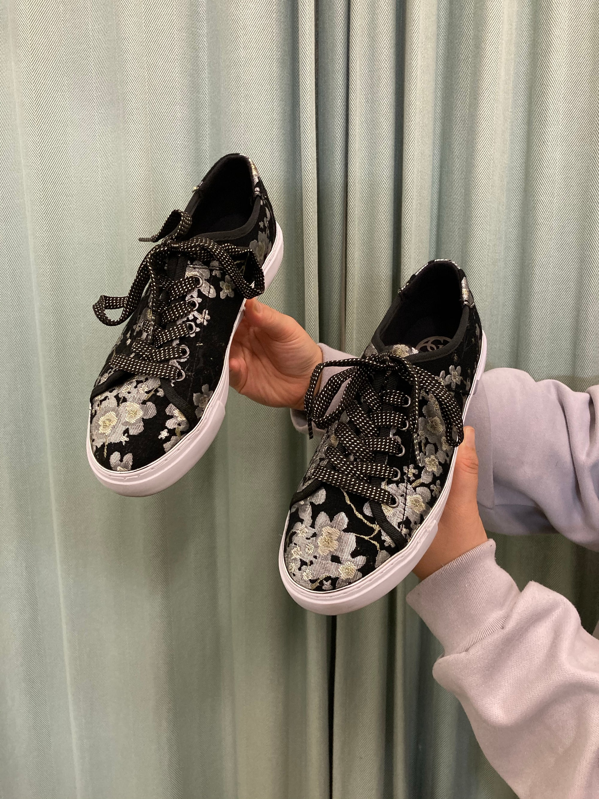 Guess Metallic Cherry Blossom Sneakers