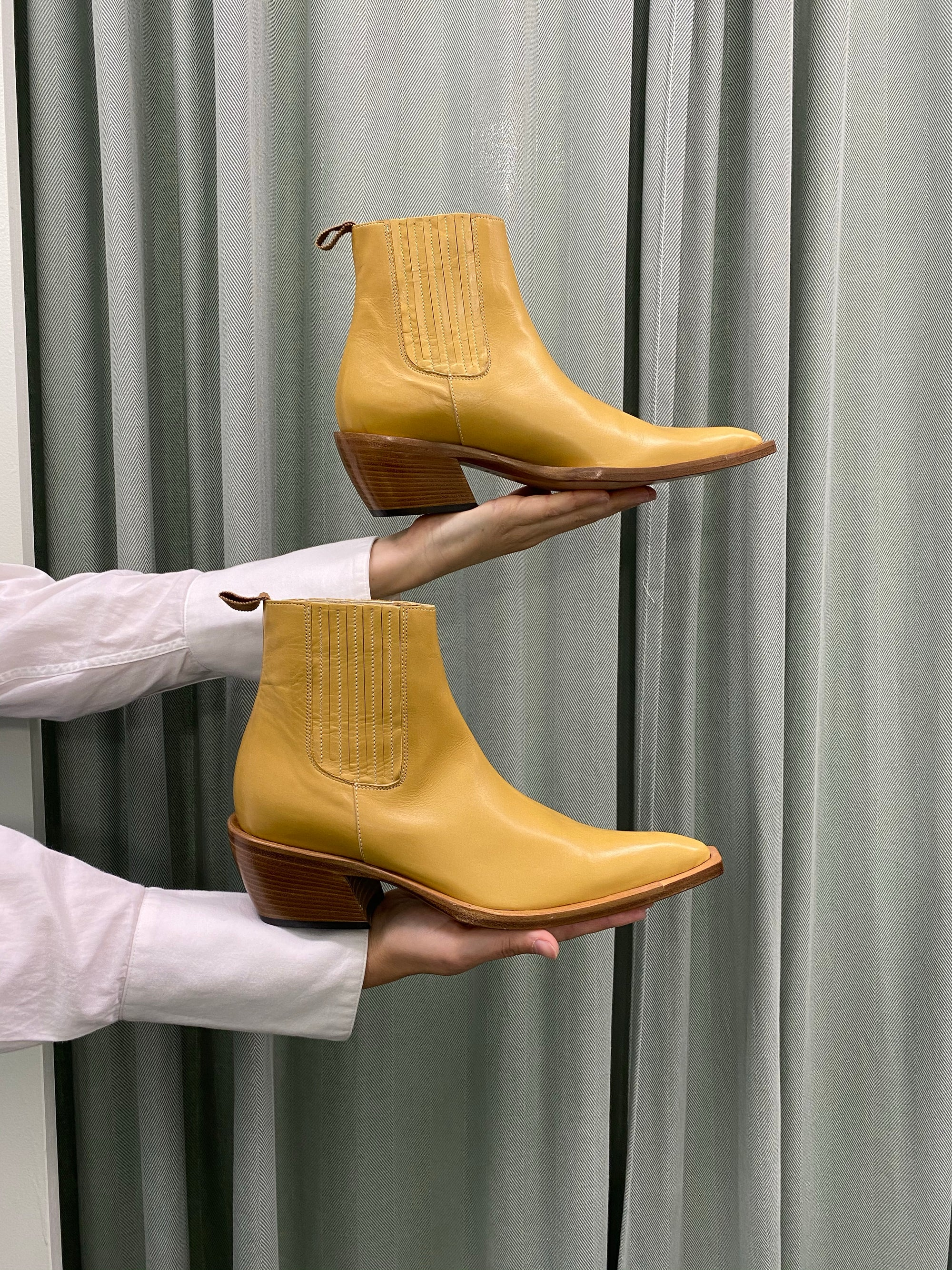 Tan Italian Pointed Boot