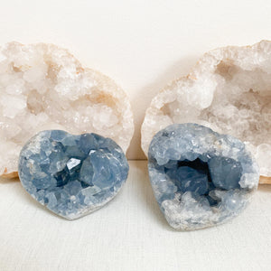 Load image into Gallery viewer, Celestite Crystal Heart (8.5cm)