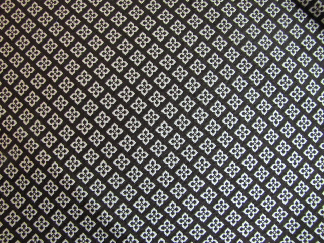 Dark Brown & Silver Diamond Pattern - Center Street Tie Makers
