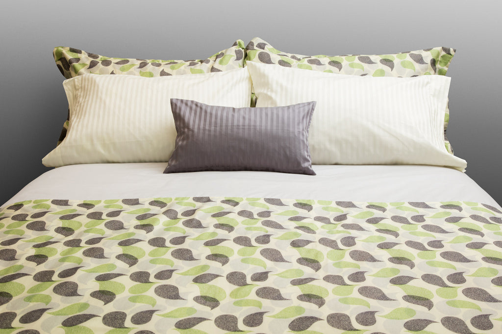 """Paisley"" Organic Cotton Duvet Cover Set - Dreamdesigns.ca"