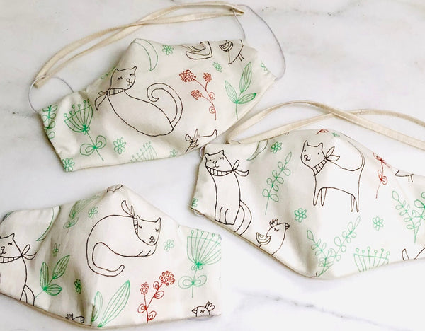 Limited Edition Prints Organic Cotton Face Mask: Garden Cats