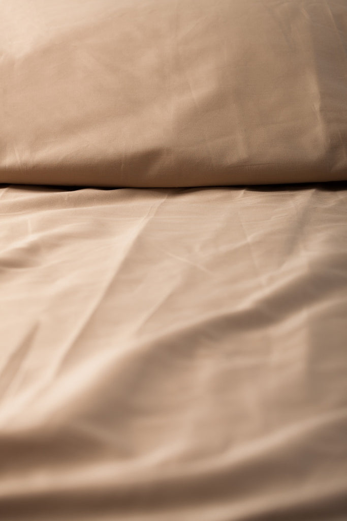 """Taupe"" Organic Cotton Sateen Flat Sheet - Dreamdesigns.ca"