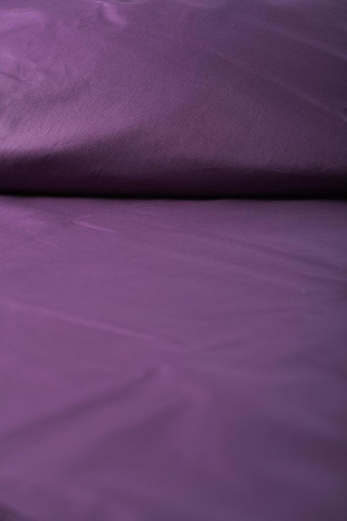 """Violet"" Organic Cotton Sateen Fitted Sheet - Dreamdesigns.ca"