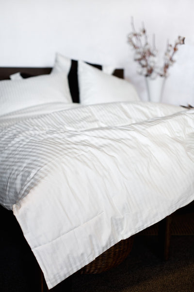 """White"" Damask Stripe Organic Cotton Sateen Duvet Cover - Dreamdesigns.ca"