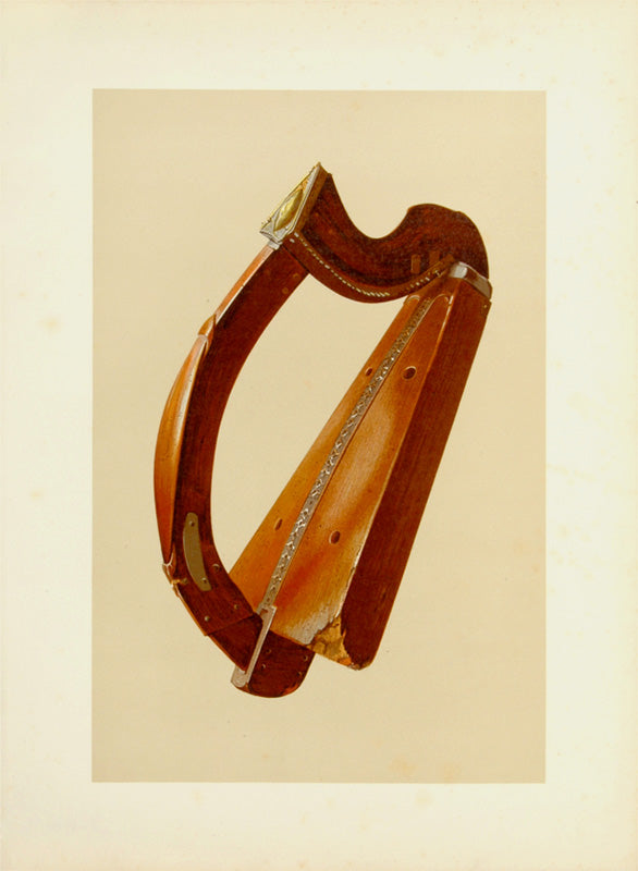 Old print of an antique harp