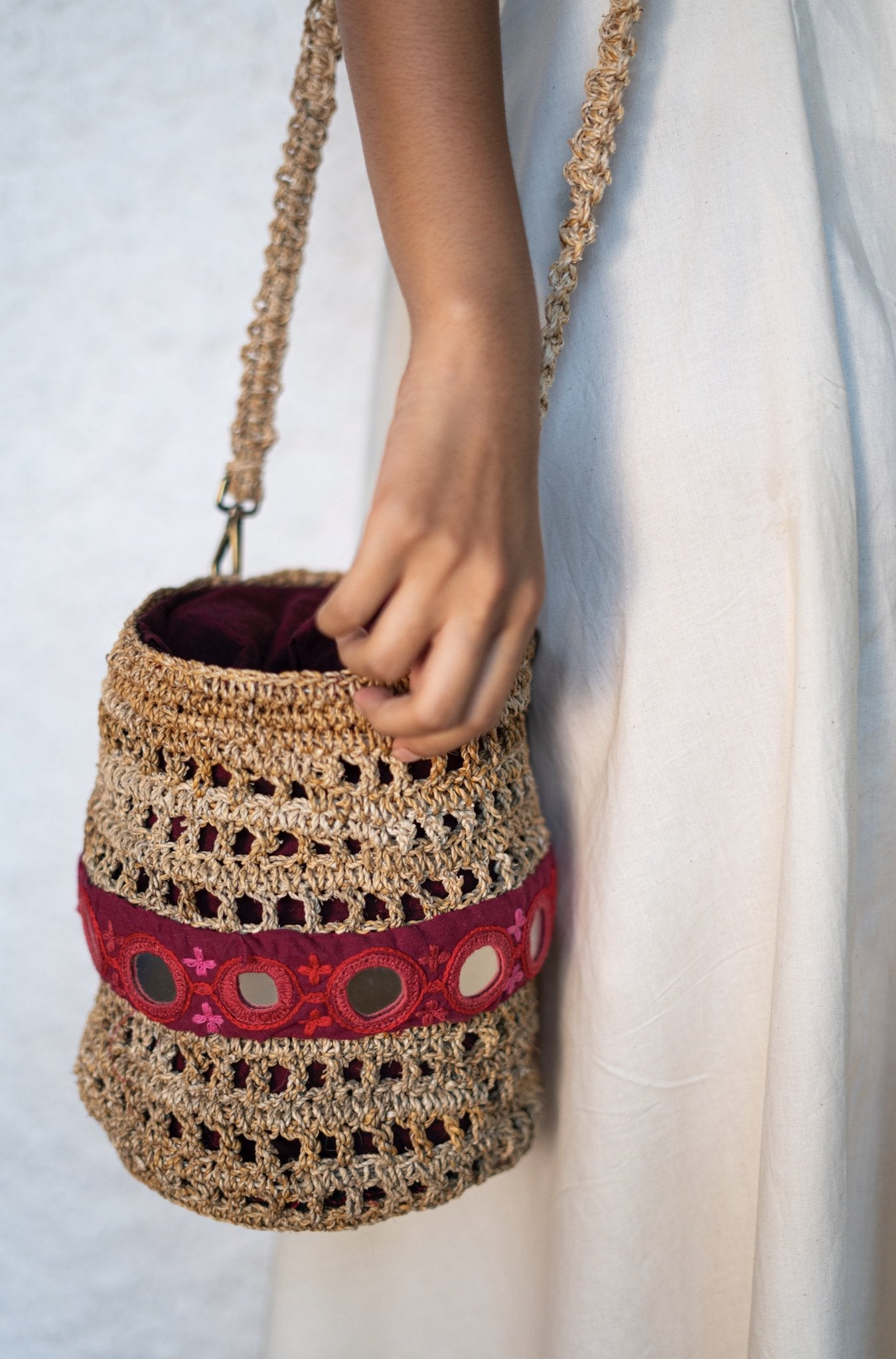 Round embroidered bag - Go-Native Store