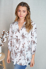 Load image into Gallery viewer, Ivory Floral Blouse - 3/4 Sleeve