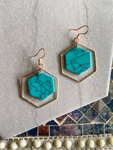 Load image into Gallery viewer, Hexagon Earring
