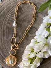 Load image into Gallery viewer, Pearl Chain Link Necklace