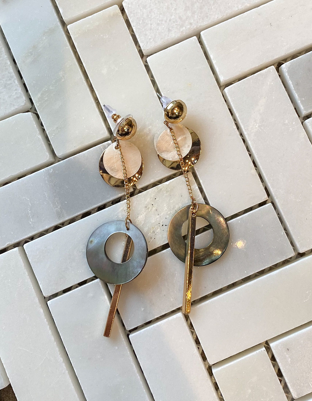 Geometric Shell Dangle Earrings