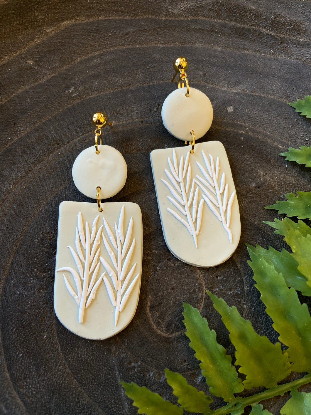 Neutral Pampas Earrings - Flores Made