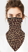 Load image into Gallery viewer, Leopard Neck Gaiter