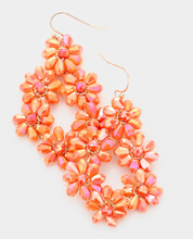 Load image into Gallery viewer, Flower Cluster Earrings