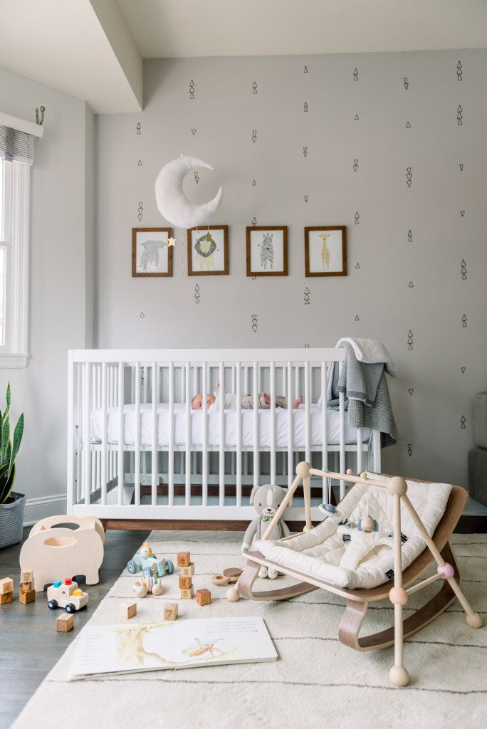 Ezra's minimal, gender-neutral nursery