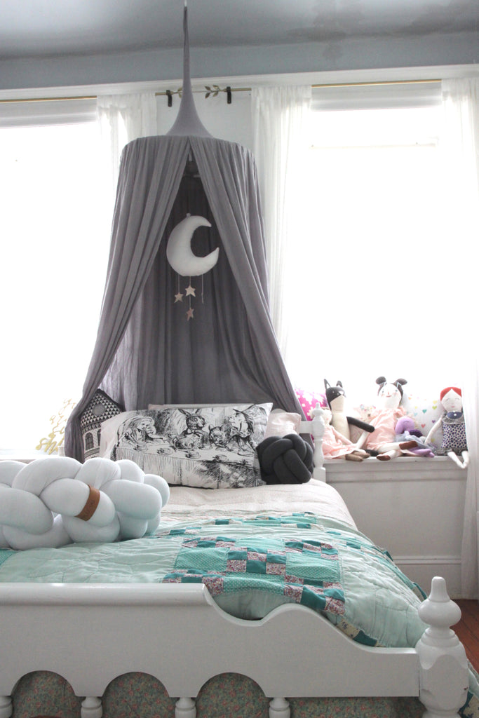 Tiny Bedroom Tour Courtney S Room: Room Tour: Elodie's Modern Fairytale