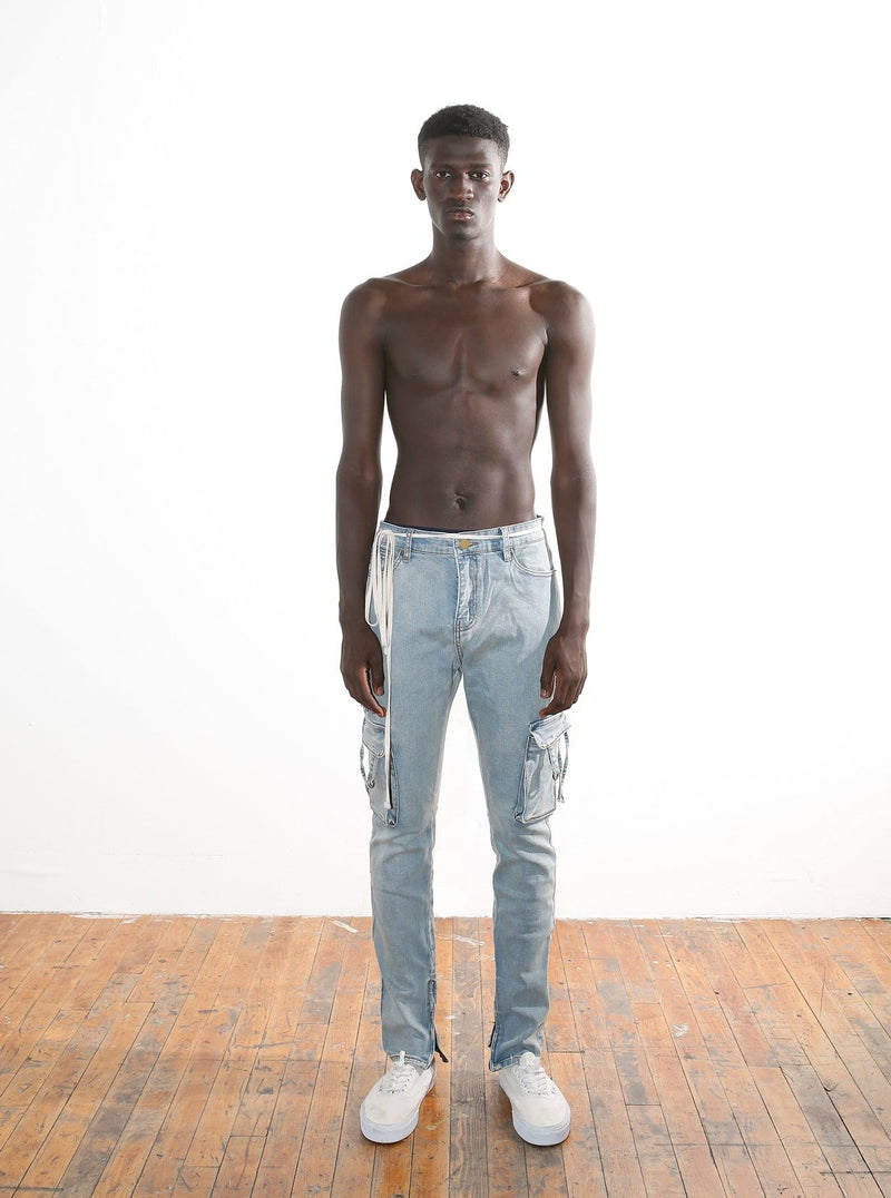 D-Ring Cargo Jeans in Light Sandwash