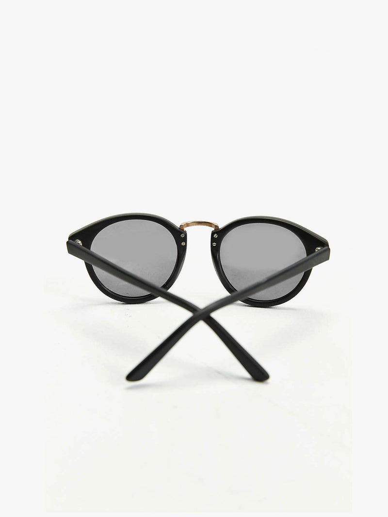 Matte Black Metal Nose Round Sunglasses