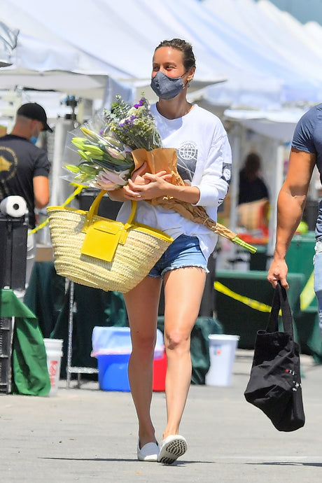 Brie Larson's Woven Yellow Tote Bag At The Farmer's Market